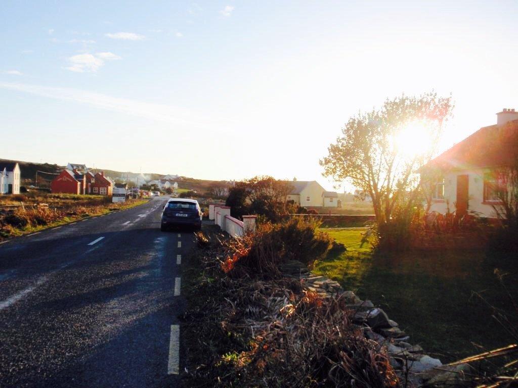 Ireland car at road