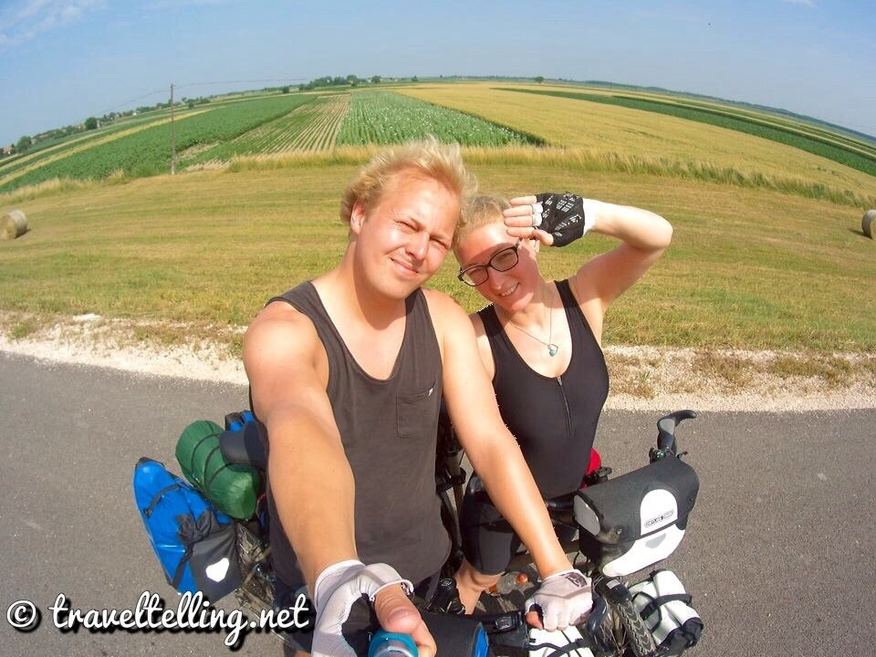 Cycling EuroVelo6 in Hungary - Ungarn