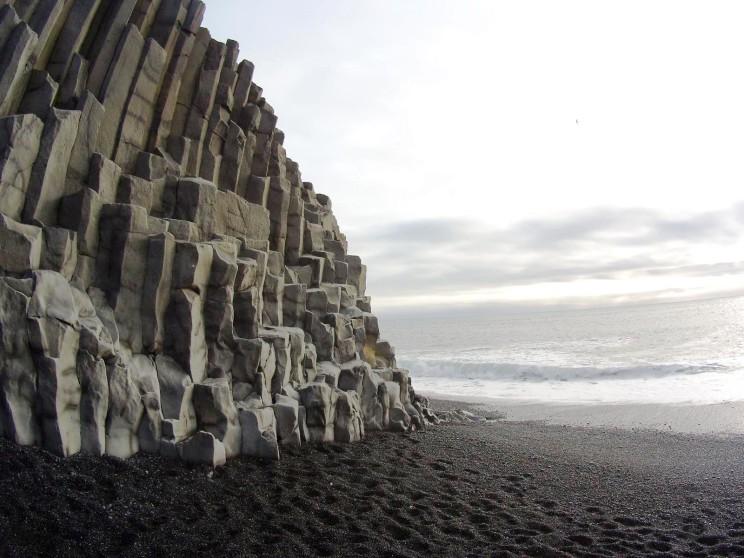 Black Sands Beach