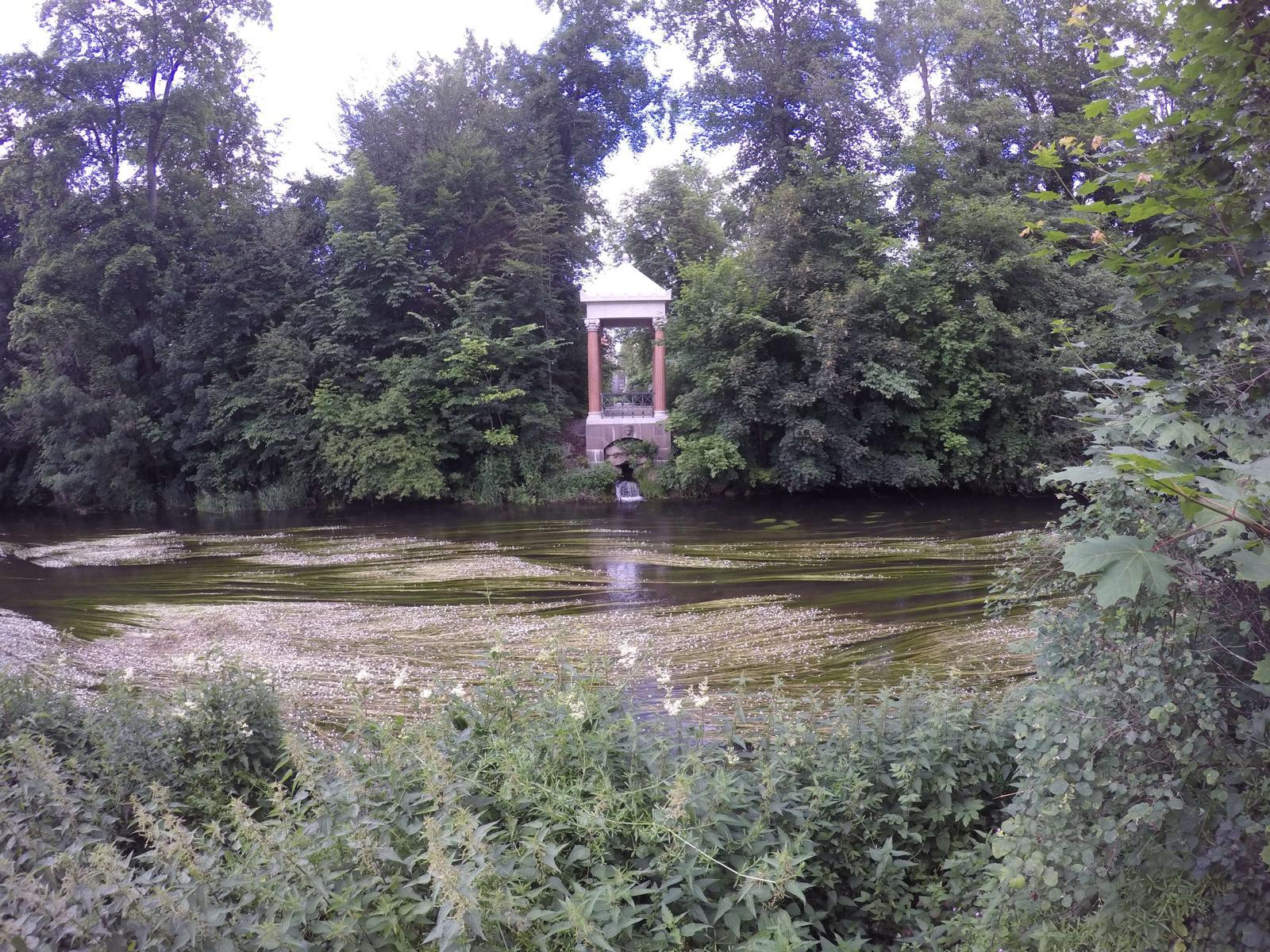 Donau-Quelle-Ursprung-Radreise-Donauradweg