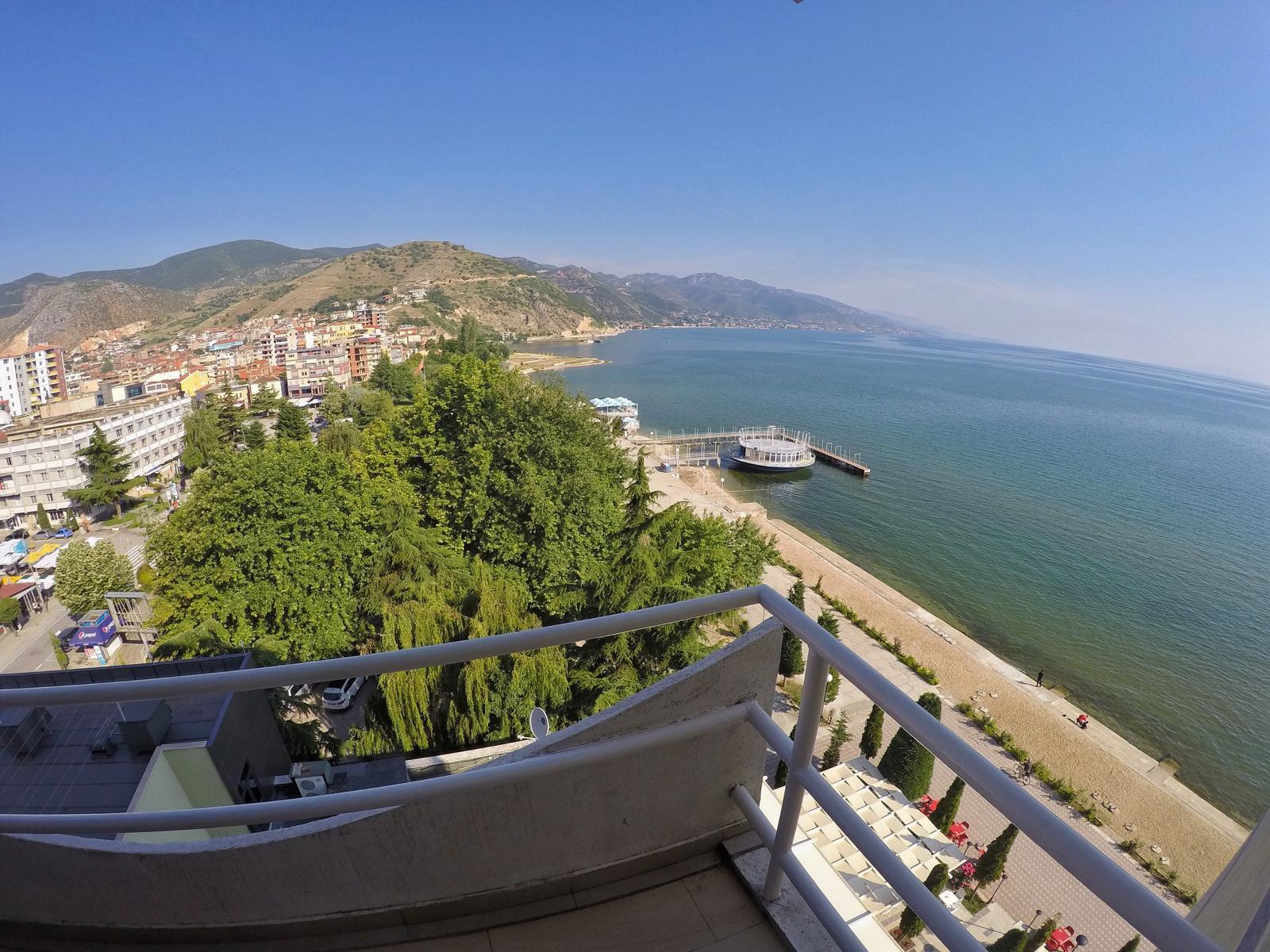 Aussicht von unserem Hotel in Pogradec in Albanien