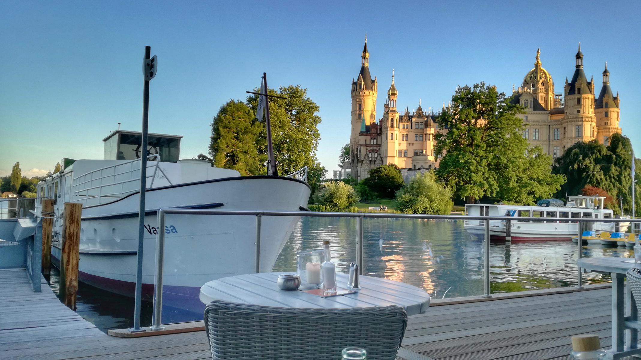 Restaurants am Schweriner See - Pier 9